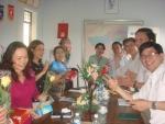 Công đoàn cơ quan phòng GD&ĐT tổ chức sinh hoạt 8-3