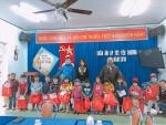 Trường MG Cẩm Thanh phát quà tết cho các cháu nhân dịp Xuân Mậu Tuất 2018